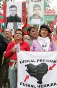 lawmakers-push-peace-spains-basque-country IMG