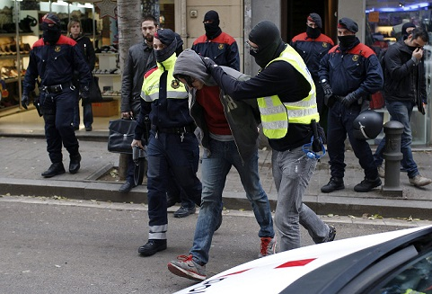 spanish-police-arrests-four-jihadists-recruiters IMG