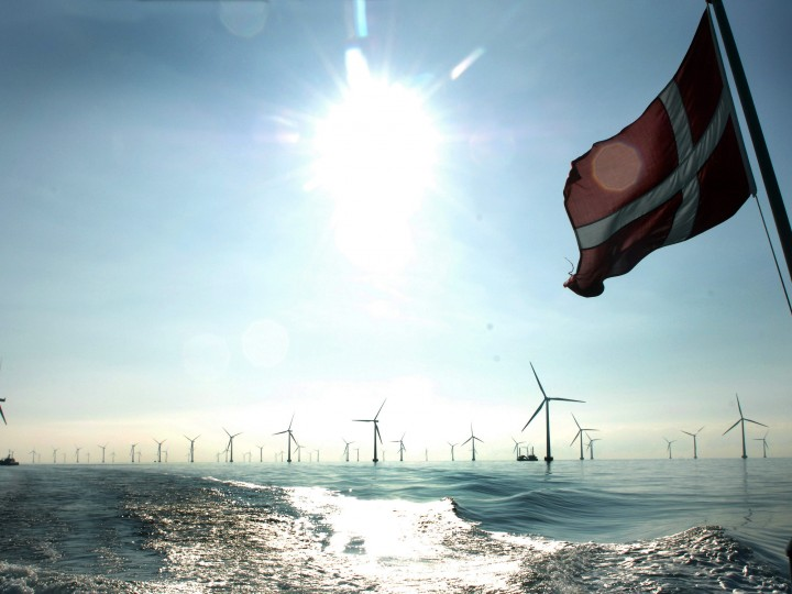 epa04510853 (FILE) A file photo dated 12 October 2010 showing a general view of the Roedsand 2 Offshore Wind Farm, Denmark, on the day it was inaugurated by the Danish energy- and climate minister Lykke Friis. Roedsand 2, built by the German power and gas company E.ON, is located in the Fehmarn Belt between Germany and Denmark. Shares in German energy giant E.ON surged on 01 December 2014 after the company announced a far-reaching restructuring plan aimed at focusing on renewable sources. E.ON shares buoyed to four per cent in afternoon trading in Frankfurt, settling there after jumping by over 6 per cent at one point during the day. The company said 30 November it would concentrate on renewable energy and create a new independent group focusing on conventional power, including global energy trading, exploration and production units.  EPA/JAN KNUDSEN DENMARK OUT