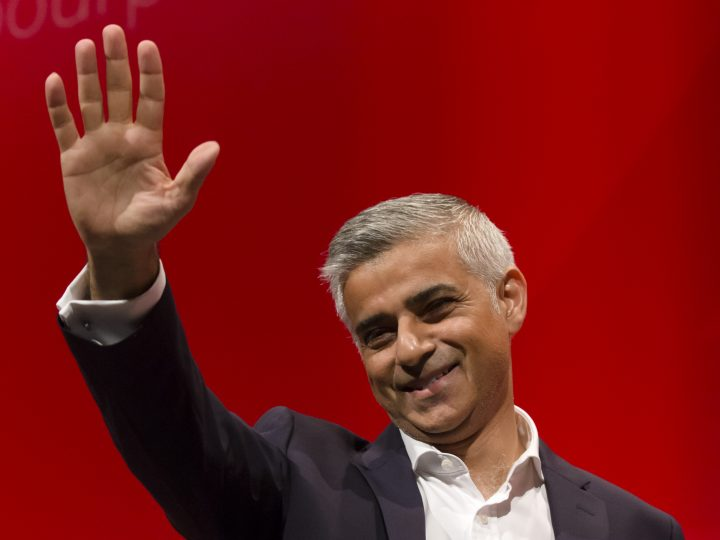 epa05558281 London mayor Sadiq Khan waves after delivering his speech on the third day of the Labour Party conference, in Liverpool, Britain, 27 September 2016. Britain's Labour Party annual conference 2016 takes place in Liverpool from 25 to 28 September 2016.  EPA/JON SUPER