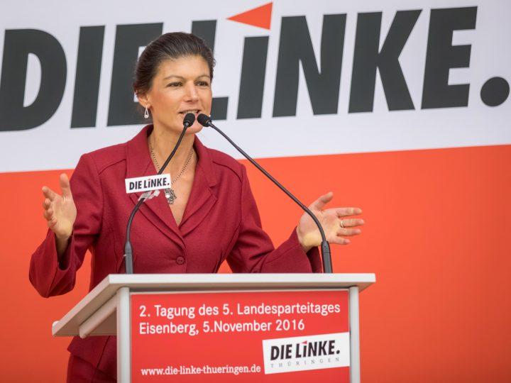 epa05618569 Sahra Wagenknecht, party whip of The Left party in the Bundestag, speaks at the state party conference of the Left Party in Eisenberg, Germany, 05 November 2016. The party discusses its strategy for the German general elections 2017 at the state party conference.  EPA/ARIFOTO UG