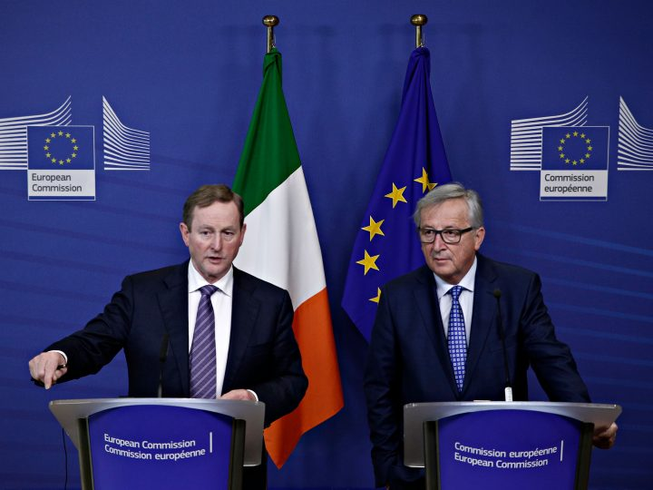 Irish Prime Minister Enda Kenny and European Commission President Jean-Claude Juncker hold a press conference after their meeting at the EU Commission headquarters in Brussels, Belgium on Feb. 22, 2017