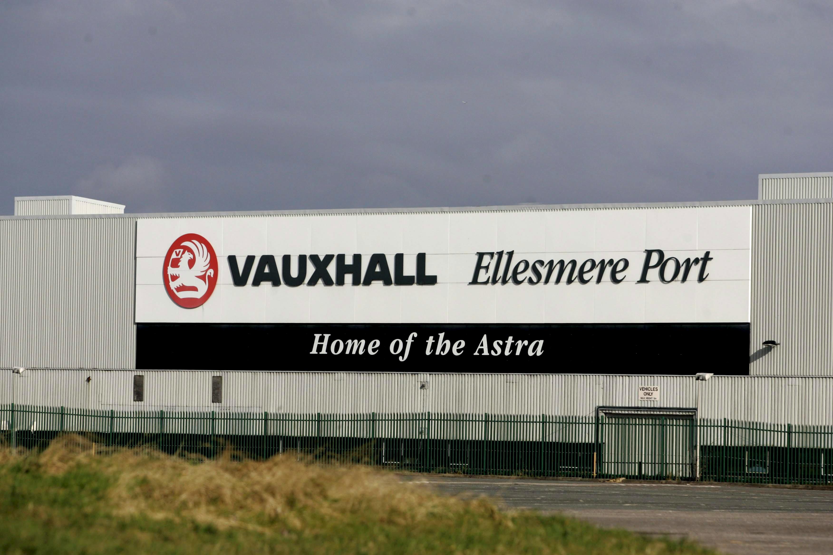 UK economy below zero as car manufacturing slumps