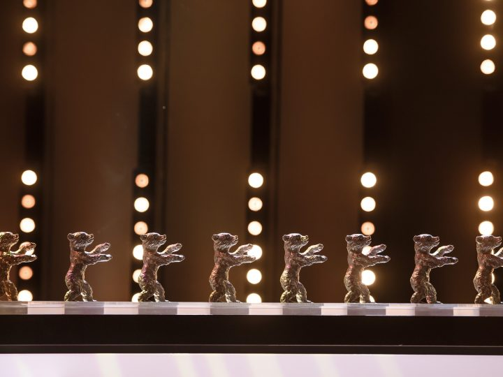epa05802820 The Berlinale bears during the closing and award ceremony of the 67th annual Berlin International Film Festival, in Berlin, Germany, 18 February 2017.  The Berlinale runs from 09 to 19 February.  EPA/CLEMENS BILAN