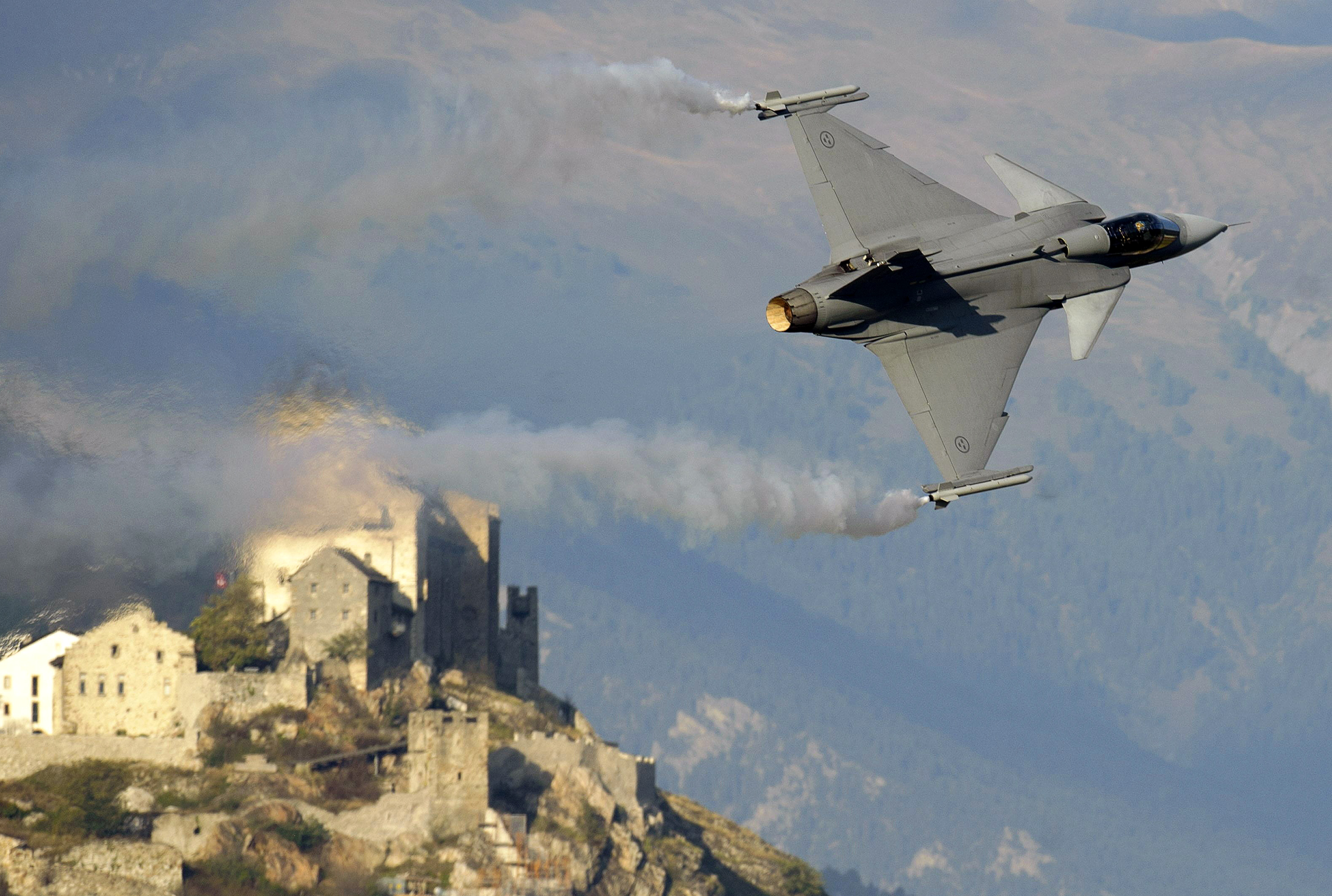 Sweden joins the British Jet-fighter program | New Europe