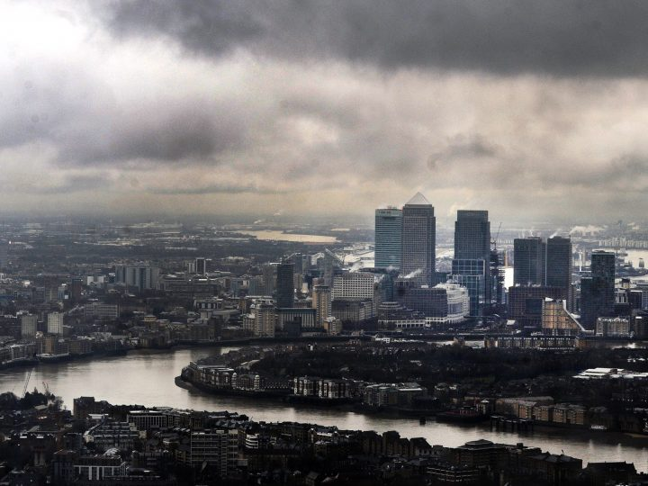 epa05406789 (FILE) A file photo dated 01 February 2013 showing Ddark clouds above  London's financial district Canary Wharf, London, Britain. British media on 04 July 2016 report Britain's Chancellor of the Exchequer George Osborne said Britain would cut the corporation tax from the current 20 per cent to less than 15 per cent as an effort to strenghten business investments in UK. The move is seen as reaction to insecurity on UK's economy following the Brexit refendum vote to leave the EU.  EPA/ANDY RAIN