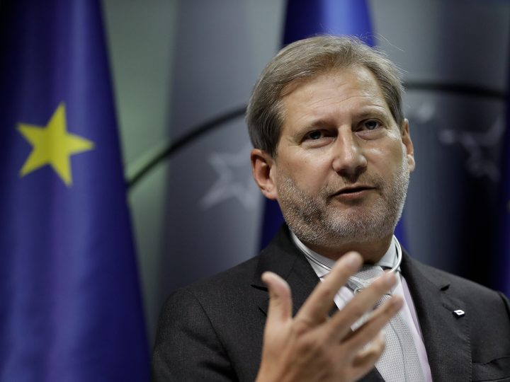 epa05627268 Commissioner for European Neighborhood Policy & Enlargement Johannes Hahn addressing media during his visit in Pristina, Kosovo, 11 November 2016. Commissioner Johannes Hahn is on a one-day official visit in Kosovo.  EPA/VALDRIN XHEMAJ
