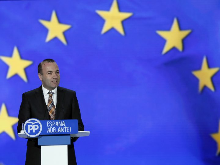 epa05785791 European People's Party president Manfred Weber speaks during the second day of the 18th National Congress of the Party held at Caja Magica pavillion in Madrid, Spain, 11 February 2017. The congress runs from 10 to 12 February.  EPA/JUANJO MARTIN