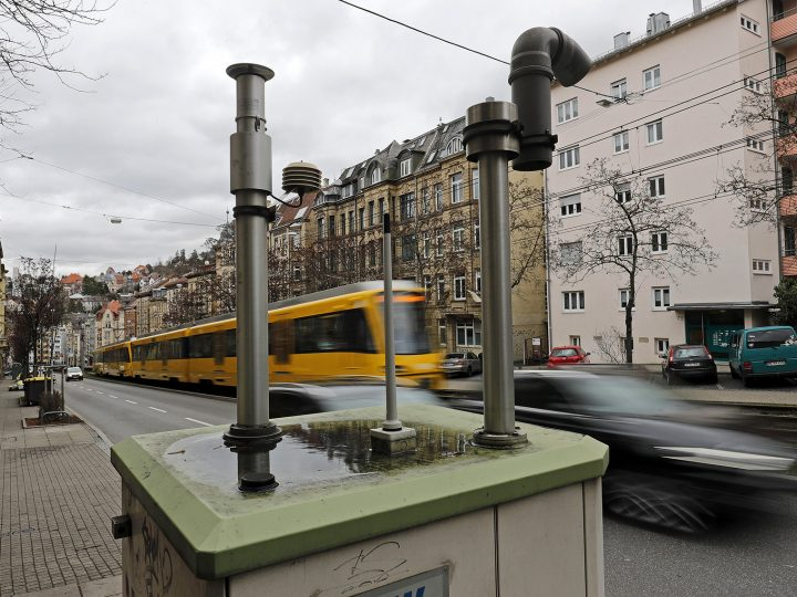 epa05808624 A fine dust measuring station is installed along an inner-city street in Stuttgart, Germany, 22 February 2017. The levels for fine dust are regularly exceeded in Stuttgart and the city reportedly may impose a driving ban for diesel vehicles in its center in 2018.  EPA/RONALD WITTEK