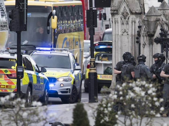 epa05864017 Armed police following major incidents outside the Houses of Parliament in central London, Britain, 22 March 2017. Scotland Yard said on 22 March 21017 the police were called to a firearms incident in the Westminister palace grounds and on Westminster Bridge amid reports of at least people killed and several other people injured in central London.  EPA/WILL OLIVER