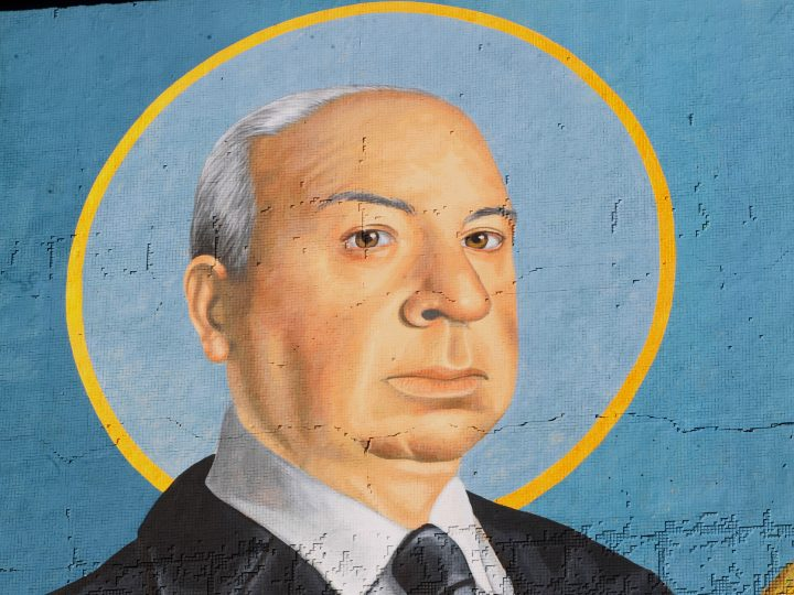 epa05890467 A view of a mural depicting British filmmaker Alfred Hitchcock in Montevideo, Uruguay, 05 April 2017. The filmmakers is represented as saint in the new mural of the main building of the Uruguayan Cinemateca, inaugurated to announce the next edition of the International Film Festival of Montevideo that runs from 06 to 15 April.  EPA/Federico Anfitti