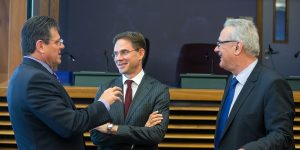 epa05928414 European Commission Vice-President for Energy Union Maros Sefcovic (L), European Commissioner in charge of Jobs, Growth, Investment and Competitiveness Jyrki Katainen (C) and European Commissioner for International Cooperation and Development Neven Mimica (R) at the start of weekly college meeting of the European Commission in Brussels, Belgium, 26 April 2017.  EPA/STEPHANIE LECOCQ