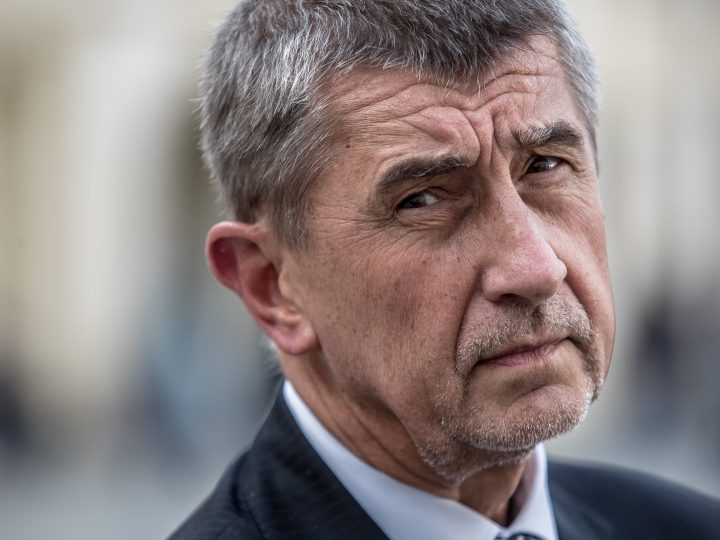epa05942017 Andrej Babis, Slovak-born billionaire, Czech Finance Minister and leader of ANO movement, speaks to the media after a meeting with Czech President Milos Zeman at the Prague Castle in Prague, Czech Republic, 03 May 2017. Czech Prime Minister Bohuslav Sobotka addressed issues related to his opponent, Finance Minister Andrej Babis, 02 April 2017, and announced that he would submit the resignation of his cabinet.  EPA/MARTIN DIVISEK