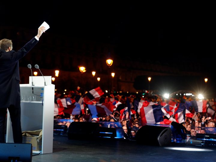 epa05949581 French President-elect Emmanuel Macron celebrates on the stage at his victory rally near the Louvre in Paris, France, 07 May 2017. Emmanuel Macron was elected French president on 07 May 2017 in a resounding victory over far-right Front National (FN - National Front) rival after a deeply divisive campaign, initial estimates showed.  EPA/PHILIPPE WOJAZER / POOL MAXPPP OUT