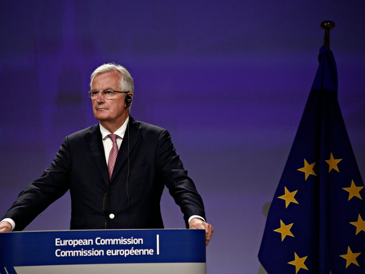 Press conference by Britain's Secretary of State for Exiting the European Union David Davis and European Commission member in charge of Brexit negotiations with Britain, Michel Barnier at the European Commission in Brussels on Jul. 20, 2017 New Europe / Alexandros Michailidis