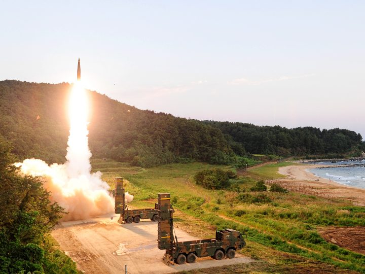 epa06182276 A handout photo made available by South Korea Defense Ministry shows a Hyunmoo-2 missile being launched at an undisclosed location on the east coast of South Korea, 04 September 2017, as the South Korean military conducts a combined live-fire exercise in response to North Korea's sixth nuclear test a day earlier. The training involved the country's Hyunmoo ballistic missile and F-15K fighter jets.  EPA-EFE/SOUTH KOREA DEFENSE MINISTRY HANDOUT  HANDOUT EDITORIAL USE ONLY/NO SALES