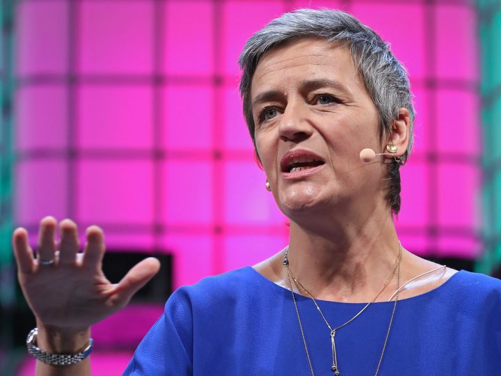 epa06313393 European Commissioner for Competition Margrethe Vestager speaks during the second day the 7th Web Summit in Lisbon, Portugal, 07 November 2017. The annual technology and internet conference attracts over 60,000 attendees from more than 100 countries, according to the organizers.  EPA-EFE/ANTONIO COTRIM