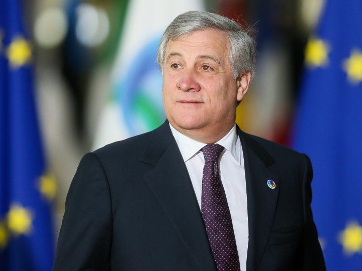 epa06347605 President of the European Parliament, Antonio Tajani arrives for the EU Eastern Partnership (EaP) Summit in Brussels, Belgium, 24 November 2017. The summit brings together EU heads of states or government with six former Soviet states Armenia, Azerbaijan, Belarus, Georgia, Moldova and Ukraine.  EPA-EFE/STEPHANIE LECOCQ
