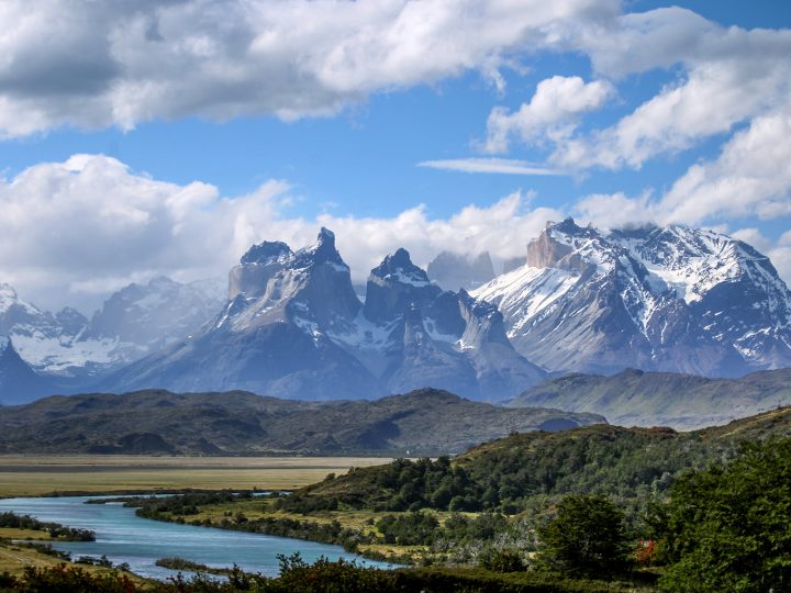 epa06358616 A view of the Torres del Pine national park, where where the Grey glacier suffered a rupture, in Magallanes, Chile, 29 November 2017. The Grey glacier is one of the natural wonders of Torres del Paine national park, a popular tourist attraction in Chile. The iceberg is estimated to be 350 meters long by 380 meters wide, and the cause of the rupture is unclear.  EPA-EFE/JOEL ESTAY