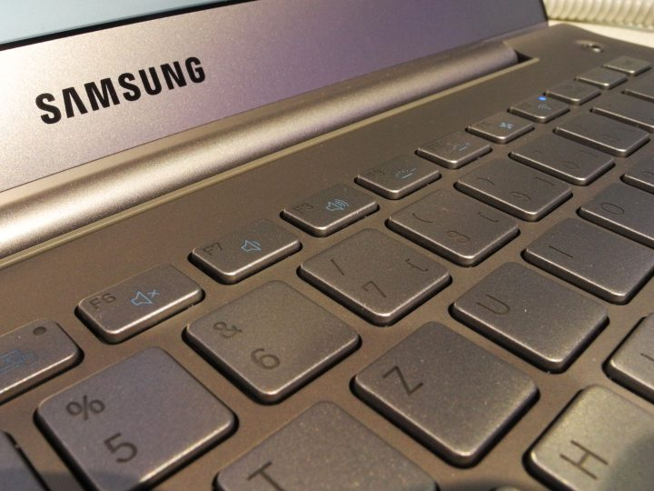 A keyboard of a Samsung laptop computer at the CeBit trade fair, Hanover, Germany, 05 March 2013.  EPA/MAURITZ ANTIN