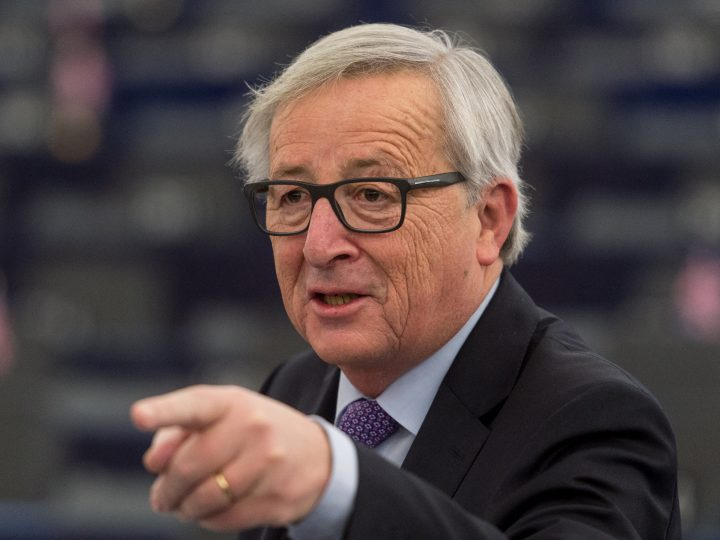 epa06442678 Jean-Claude Juncker, the President of the European Commission, delivers his speech at the European Parliament in Strasbourg, France, 16 January 2018, during the debate about the EU summit and Brexit. Media reports state that Juncker and European Council president Donald Tusk stressed that the EU's doors and hearts were open in case Britain might change its mind on leaving the European Union, dubbed the 'Brexit'.  EPA-EFE/PATRICK SEEGER