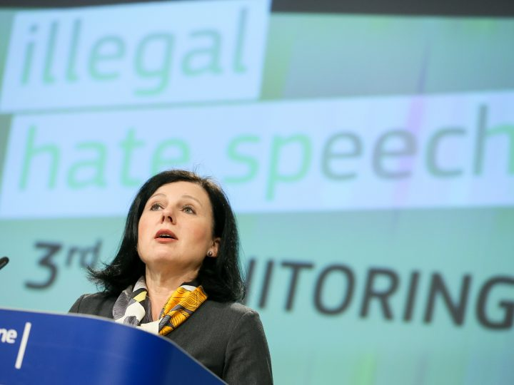 epa06453413 European Commissioner for Justice, Consumers and Gender Equality, Vera Jourova, gives a press conference on the results of the 3rd monitoring exercise of the Code of Conduct on countering illegal online hate speech at the European Commission in Brussels, Belgium, 19 January 2018.  EPA-EFE/STEPHANIE LECOCQ