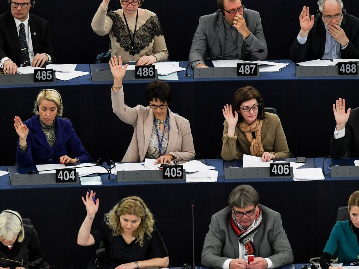 epa06502630 Members of Parliament vote on the future Composition of Parliament after Brexit at the European Parliament in Strasbourg, France, 07 February 2018.  EPA-EFE/PATRICK SEEGER