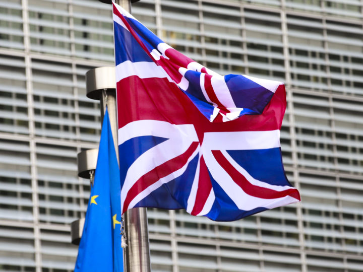 epa06376220 British and European flags in front the  European Commission headquarters during a meeting of British Prime Minister Theresa May and President Jean-Claude Juncker on Brexit Negotiations in Brussels, Belgium, 08 December 2017. Reports state that Theresa May is in Brussels after talks on the issue of the Irish border where she will meet with European Commission President Jean-Claude Juncker and EU negotiator Michel Barnier.  EPA-EFE/OLIVIER HOSLET