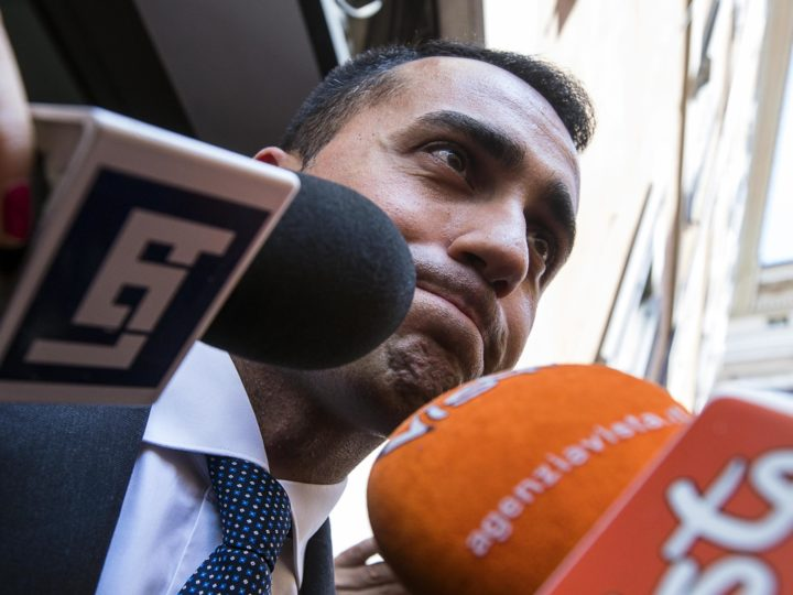epa06727792 Five-Star Movement (M5S) leader Luigi Di Maio (C) talks to the media after a meeting with the leader of the Northern League , Matteo Salvini (not pictured) in Rome, Italy, 11 May 2018. Reports state that Luigi Di Maio said that a fresh meeting with Matteo Salvini on the formation of a new government went well.  EPA-EFE/ANGELO CARCONI