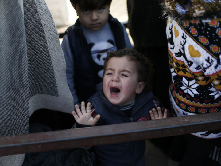 epa05149813 A Syrian refugee child cries as they wait for back to Syria near Oncupinar Border gate in Kilis, Turkey, 08 February 2016. Turkey said on 07 February that it does not yet see a need to open its border to the refugees. The situation is 'desperate' at Syria's Bab al-Salameh border crossing where thousands of fleeing civilians are seeking to enter Turkey, medical charity Medecins sans Frontieres (MSF, Doctors without Borders) said on 08 February.  EPA/SEDAT SUNA