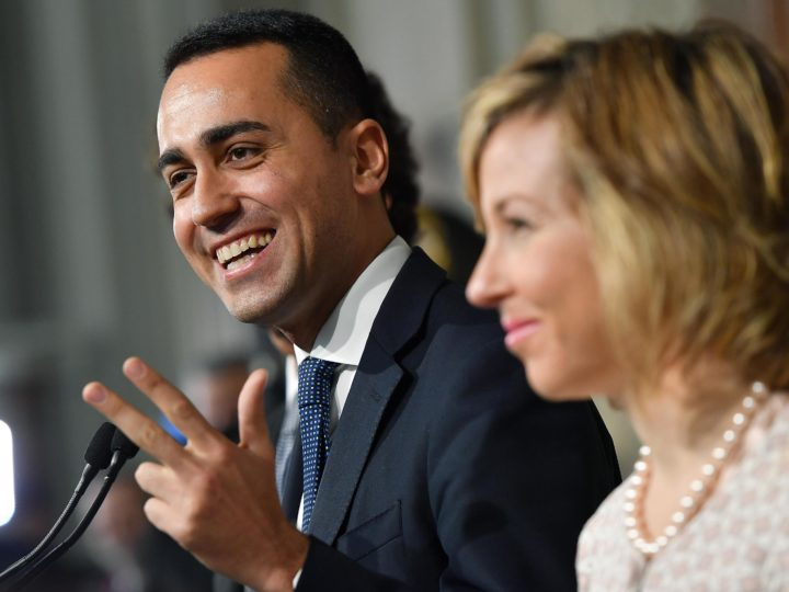 epa06716274 Five-Star Movement (M5S) leader Luigi Di Maio (L), accompanied by party colleague Giulia Grillo (R), addresses the media after a meeting with Italian President Sergio Mattarella at the Quirinal Palace for the third round of formal political consultations following the general elections, in Rome, Italy, 07 May 2018. Italian President Sergio Mattarella is holding rounds of formal political consultations following the 04 March general election in order to make a decision on to whom to give a mandate to form a new government.  EPA-EFE/ETTORE FERRARI