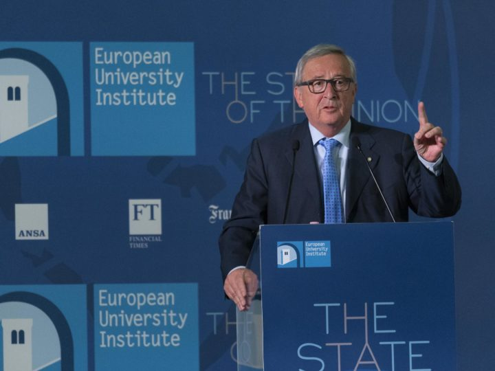 epa06727148 Jean Claude Juncker, president of the European Commission, delivers his speech during the State of the Union conference organized by the European University Institute in Florence, Italy, 11 May 2018.  EPA-EFE/CLAUDIO GIOVANNINI