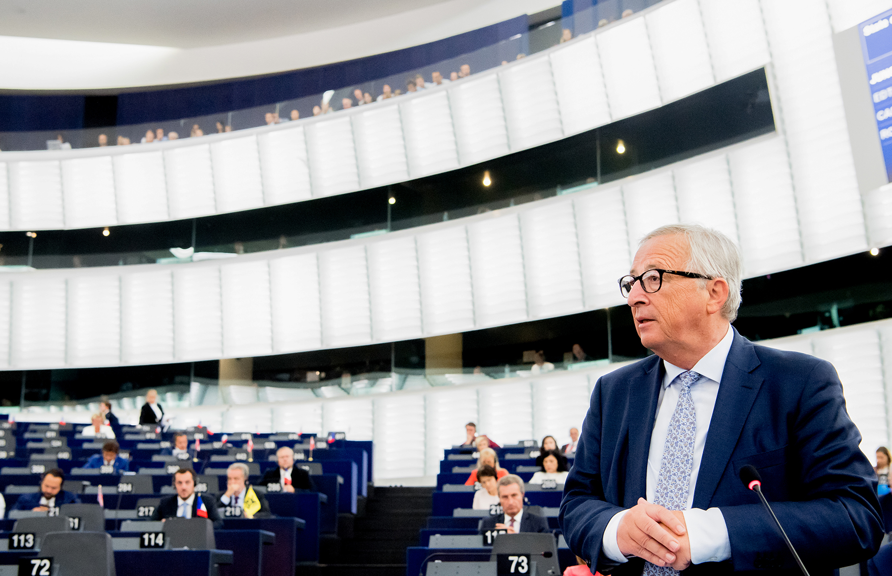 EU Commission President backs target cuts for CO2 emissions by 2030