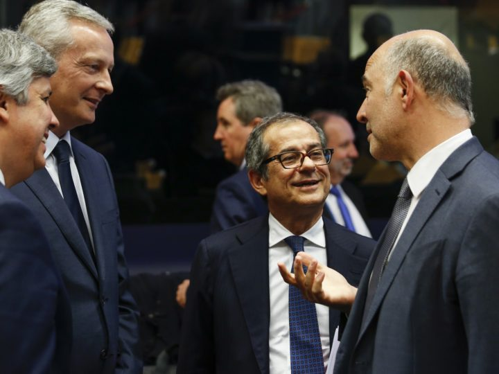 epa07061548 (L-R) President of the Eurogroup, Portuguese Finance Minister Mario Centeno, French Economy Minister Bruno Le Maire, Italian Minister of Economy and Finance Giovanni Tria and European Commissioner for Economic and Financial Affairs Pierre Moscovici  at the start of the Eurogroup meeting in Luxembourg, 01 October 2018. The Eurogroup is holding its thematic discussions on jobs and growth and will focus on national automatic stabilisers. Ministers will discuss the reform of the European Stability Mechanism (ESM).  EPA-EFE/JULIEN WARNAND