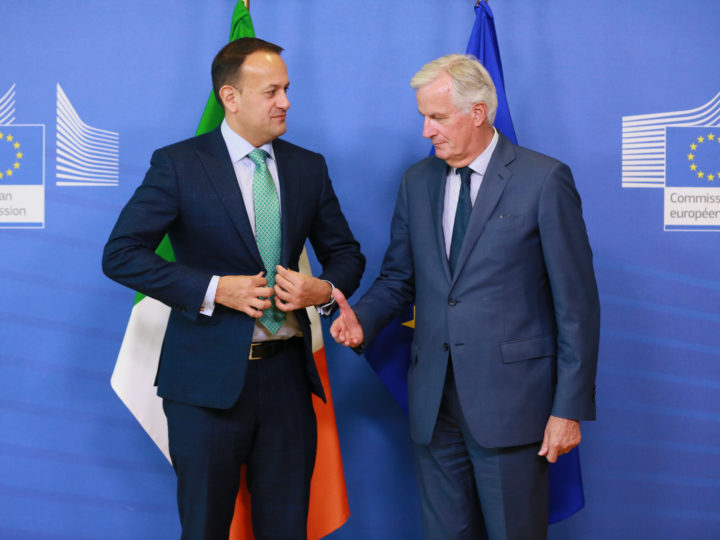 epa07069049 The Prime Minister (Taoiseach) of Ireland, Leo Varadkar (L), is welcomed by Michel Barnier (R), the European Union's Chief Negotiator of the Task Force for the Preparation and Conduct of the Negotiations with the United Kingdom under Article 50, dubbed the 'Brexit', prior to their meeting at the European Commission in Brussels, Belgium, 04 October 2018.  EPA-EFE/STEPHANIE LECOCQ