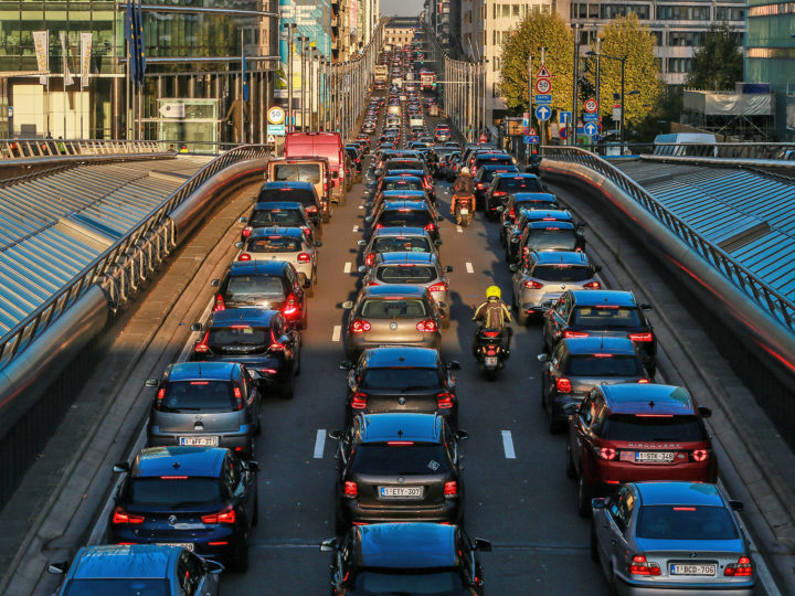 epaselect epa07078256 Cars queue in the usually heavy early morning traffic congestion on the 'Rue de la Loi', or 'Wetstraat', in the European district in central Brussels, Belgium, 08 October 2018. One day ahead of the EU Environment Ministers meeting expected to adopt the EU's position for the upcoming UN Climate Summit COP24, the world's leading body of climate scientists gave strong scientific evidence for the need to keep temperature rise to 1.5 C. The new IPCC report, ordered and endorsed by all world's governments, showed that many of the dire consequences of future warming can be avoided by respecting this limit. It also confirmed that it is still possible, but requires a rapid and far-reaching shift across all sectors of the economy.  EPA-EFE/STEPHANIE LECOCQ
