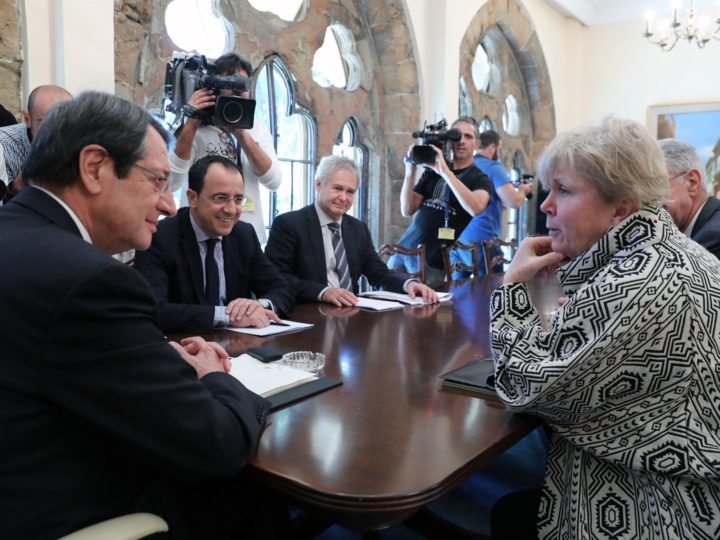 epa07132701 United Nations Secretary General's (UNSG) advisor Jane Holl Lute (R) speaks to Cypriot President Nicos Anastasiades (L) at the Presidential Palace in Nicosia, Cyprus, 31 October 2018. Lute is to meet for the second time with the Cyprus' two leaders, Greek Cypriot President Nicos Anastasiades and Turkish Cypriot leader Mustafa Akinci. Cyprus remains divided since the 1974 Turkish invasion of the island. Numerous UN-backed talks, aiming at reunifying the island under a federal structure failed to yield any results. The latest round of peace talks took place last July at the Swiss resort of Crans Montana but ended inconclusively.  EPA-EFE/KATIA CHRISTODOULOU