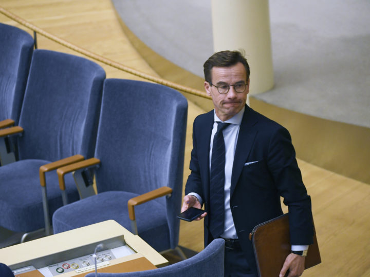 epa07164320 Swedish Conservative Party Moderaterna party leader Ulf Kristersson reacts after losing a vote to become Prime Minister in the Riksdag, Stockholm, Sweden, 14 November 2018. Swedish parliamentary majority voted against Kristersson with 195 votes from 349. Sweden remains in a political impass since 09 September general elections in which no party got enough votes to form a majority government.  EPA-EFE/PONTUS LUNDAHL SWEDEN OUT