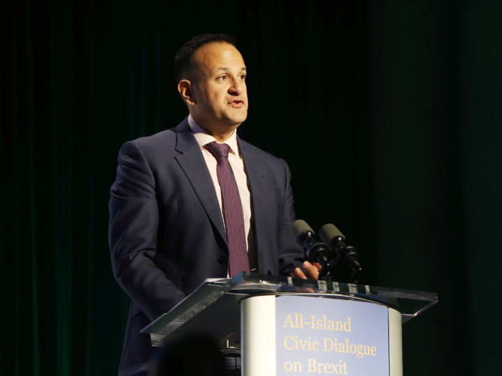 epa06702374 The Irish Taoiseach Leo Varadkar addresses an All-Island Civic Dialogue on Brexit in the Dundalk Institute of Technology, Dundalk, Ireland, 30 April 2018. Barnier is on a two-day visit to Ireland amid the yet unsettled border issue.  EPA-EFE/PAUL McERLANE