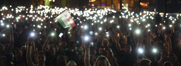 epa05885010 Participants light with their mobiles during a protest rally organized by the Freedom for Education movement, called CEU Now, Who's Next ? Protest for the free educationin in downtown Budapest, Hungary, 02 April 2017.  EPA/Zoltan Balogh HUNGARY OUT