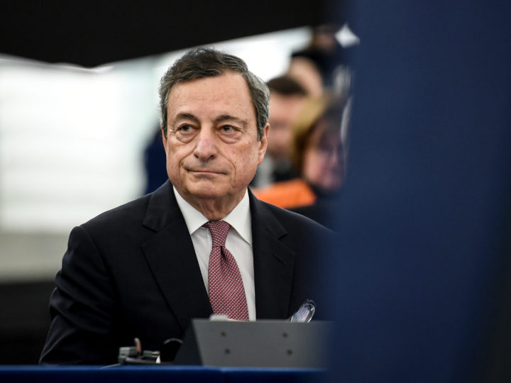epa07286217 European Central Bank (ECB) President Mario Draghi waits to deliver his speech at the European Parliament in Strasbourg, France, 15 January 2019, during the 20 years commemoration of the Euro.  EPA-EFE/PATRICK SEEGER