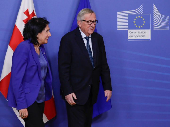 epa07309607 Georgia's President Salome Zurabishvili (L) is welcomed by European Commission President Jean-Claude Juncker ahead of a meeting at the European Commission in Brussels, Belgium, 22 January 2019.  EPA-EFE/STEPHANIE LECOCQ