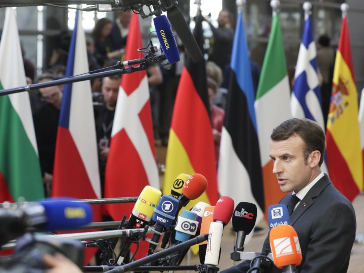 epa07453230 French President Emmanuel Macron speaks to media as he arrives at the European Council summit in Brussels, Belgium, 21 March 2019. European Union leaders gather for a two-day summit to discuss, among others, Brexit and British PM request to extend Article 50.  EPA-EFE/STEPHANIE LECOCQ