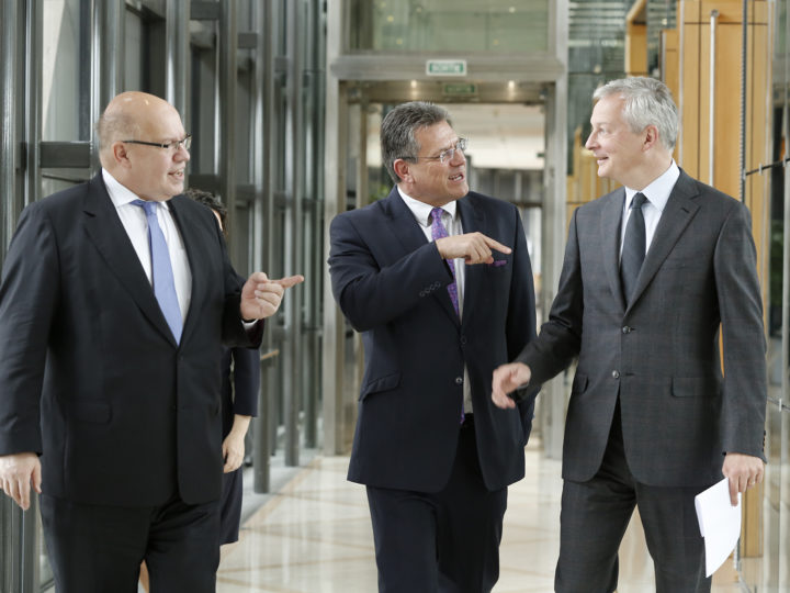 From left to right : Peter Altmaier, German Federal Minister for Economic Affairs and Energy, Maros Sefecovic, and Bruno Le Maire, French Minister of the Economy and Finance.