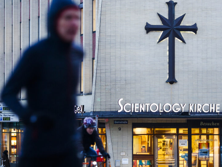 epa05775272 People walk in front of a building of the 'Scientology Kirche Hamburg e.V.', a branch of the Scientology church, in Hamburg, Germany, 06 February 2017. The organization, founded in 1954 by L. Ron Hubbard, has been observed for years by the German Federal Office for the Protection of the Constitution.  EPA/CARSTEN KOALL