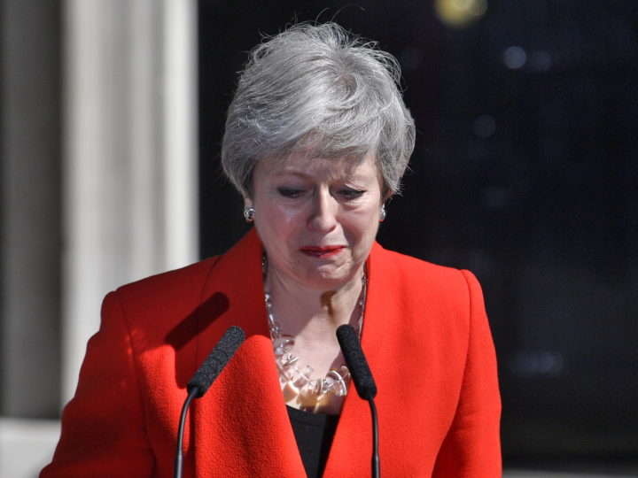 epa07596412 Britain's Prime Minister Theresa May makes a statement on at Downing Street in London in Britain, 24 May 2019. May announced she would resign from office on 07 June 2019.  EPA-EFE/NEIL HALL