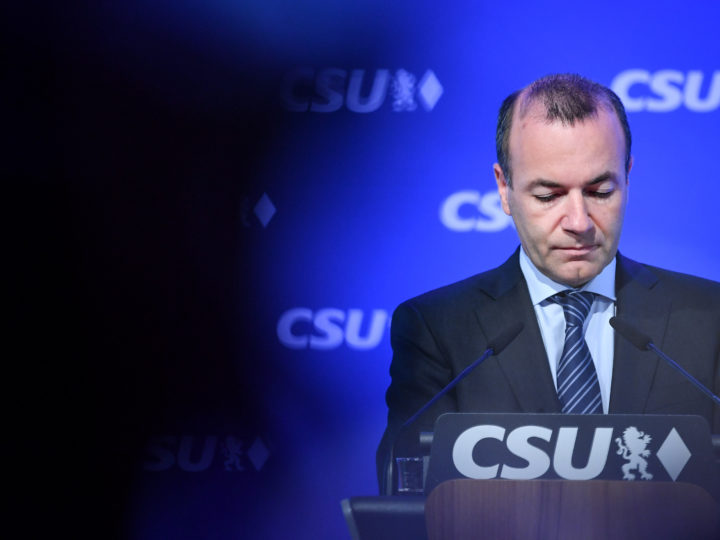 epa07604971 German CDU/CSU top candidate for the upcoming European Parliament Elections, European People's Party (EPP) chairman Manfred Weber delivers a press statement at the CSU headquarters in Munich, Germany, 27 May 2019. The European Parliament election was held by member countries of the European Union (EU) from 23 to 26 May 2019.  EPA-EFE/PHILIPP GUELLAND