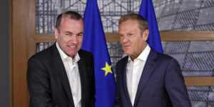 epa07645072 Manfred Weber (L), chairman of the European People?s Party and candidate as next European Commission president, is welcomed by European Council President Donald Tusk (R) ahead to a meeting on EU top jobs in Brussels, Belgium, 13 June 2019.  EPA-EFE/OLIVIER HOSLET / POOL